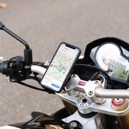 FitClic Neo Motorcycle Kit for iPhone 11 Pro Max